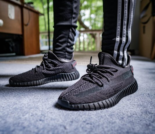 Yeezy Boost 350 V2 Black on foot